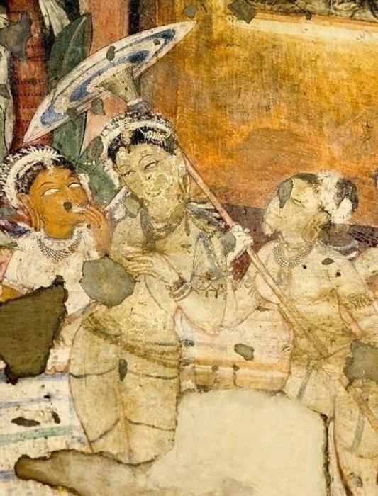 Женщина, держащая зонтик. Государство Гуптов, 320 г. н. э. (Индия)